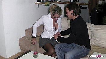 Девушка повелась на подкаты замужнего парнишку и реализовала ему отсос